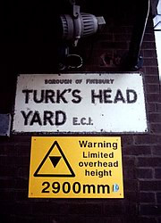 Turk's Head Yard, EC1, sign